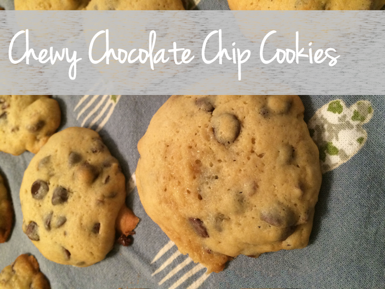Chewy Chocolate Chip Cookies Header