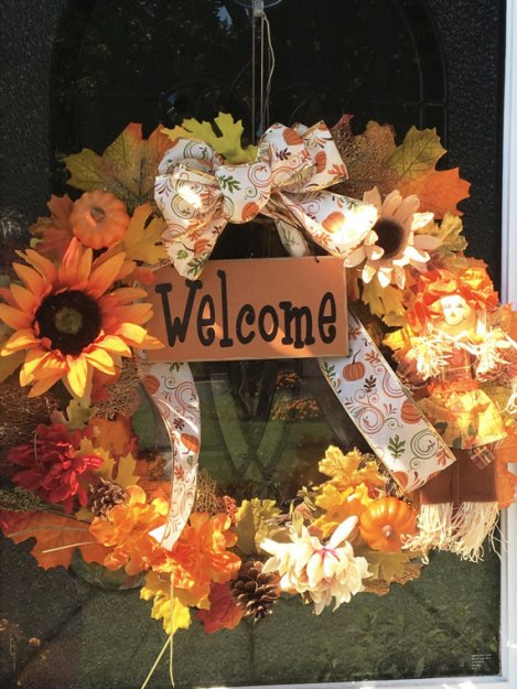 fall, fall wreaths, fall decor, fall door decor, scarecrow decor, fall scarecrow, welcome sign, fall welcome sign, fall